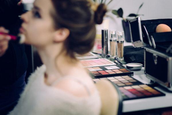 makeup-artist-applying-makeup